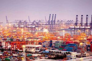 Puerto de Guatemala con exportaciones