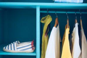 Conoce cómo aprovechar totalmente el espacio en el armario