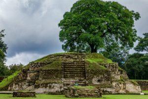 ruinas mayas guatemaltecas