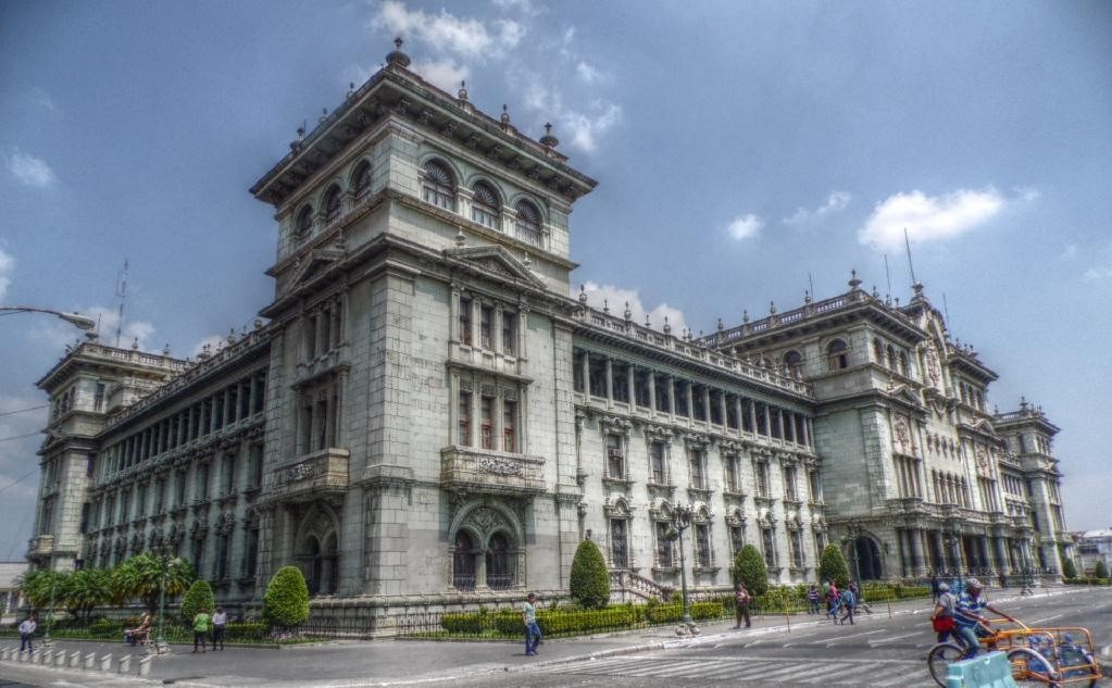 Una de las principales atracciones de Guatemala, el Palacio Nacional