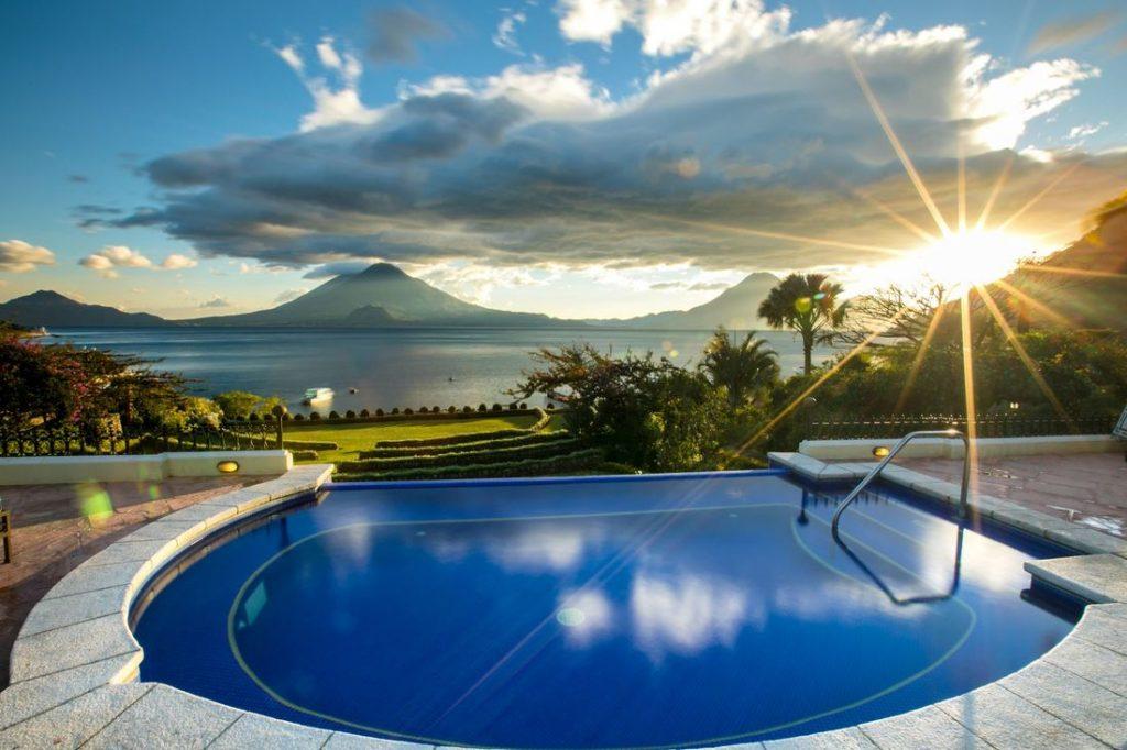 jacuzzi del hotel Atitlan